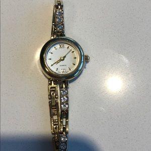 NWOT Quartz Jeweled Gold Watch
